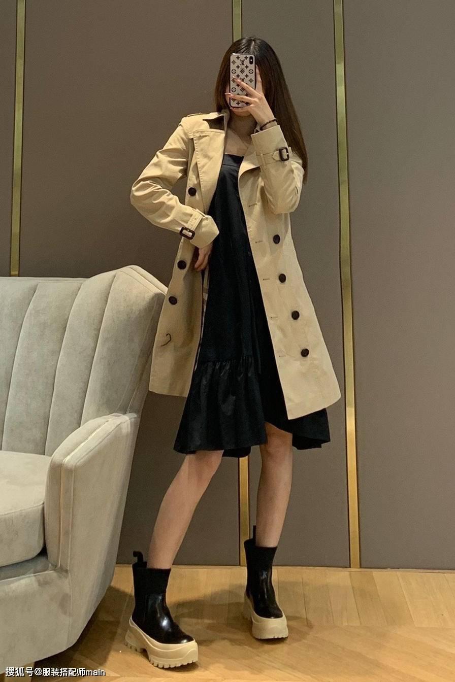 原创             又到了穿风衣的季节,只需选对颜色和设计,时尚感立马提升