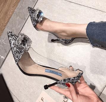 心理测试:第一眼你看中了哪款高跟鞋,测出你有没有公主命?  第2张