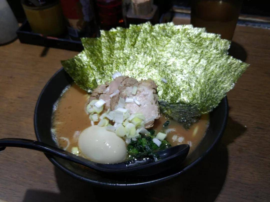 由胃至心的满足!日本最接地气的大众美食,拉面全解析