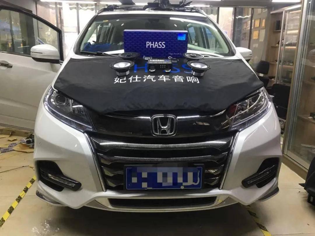 南京汽车音响改装,奥德赛,全车PHASS隔音加PI65A穿衣