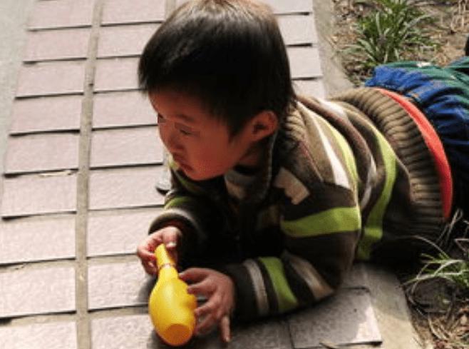"""磨人的孩子是来""""报恩""""的?养娃如同玩游戏,""""翻盘""""获胜更开心"""