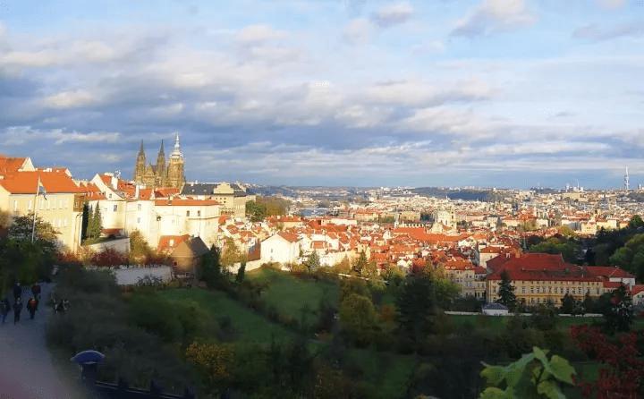 捷克风土人情介绍——在捷克生孩子,应该挺幸福的