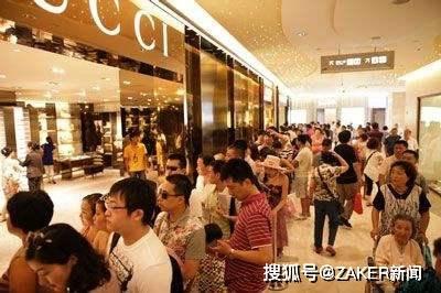 2020年奢侈时尚行业的最大赢家,离开京东投入阿里怀抱