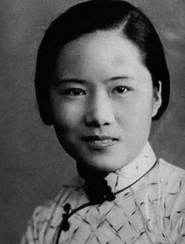 胡适得意的学生,钱学森为她拍摄婚礼,帮助杨振宁却错失诺贝尔奖