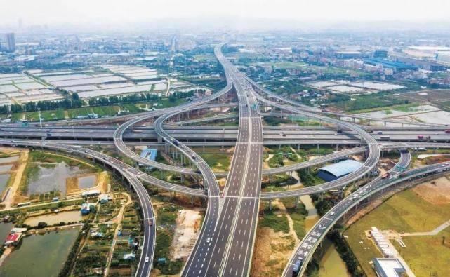 中国收入最高的高速,平均每月赚两亿多,未来还将投资471亿扩建