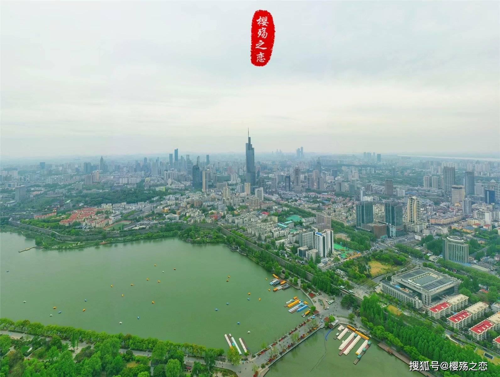 唯二GDP破十万亿的省份,一个鲜有百强县,一个没有一线城市