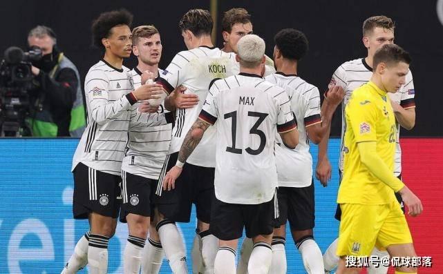 1-0!世界杯4冠王又赢了,拜仁球星爆发,17年神迹诞生,重返榜首_德国队
