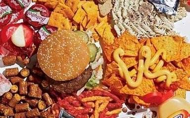垃圾食品只提供热量 没有营养 最容易诱发儿童疾病 你可知道-家庭网