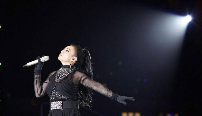 她曾是歌坛神话,一首歌红遍大江南北,如今已消失在娱乐圈中  第3张