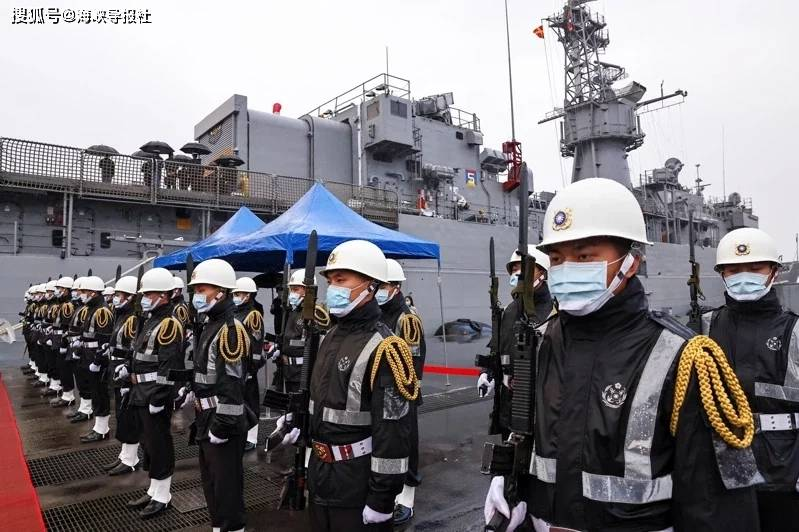 """台""""国防部""""自爆:欧洲协助台当局自造潜艇"""