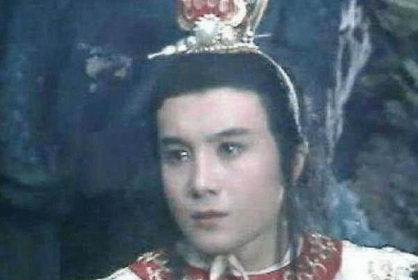 他是《西游记》最贵演员,曾被张卫健谢霆锋暴打,如今老家卖卤菜  第1张