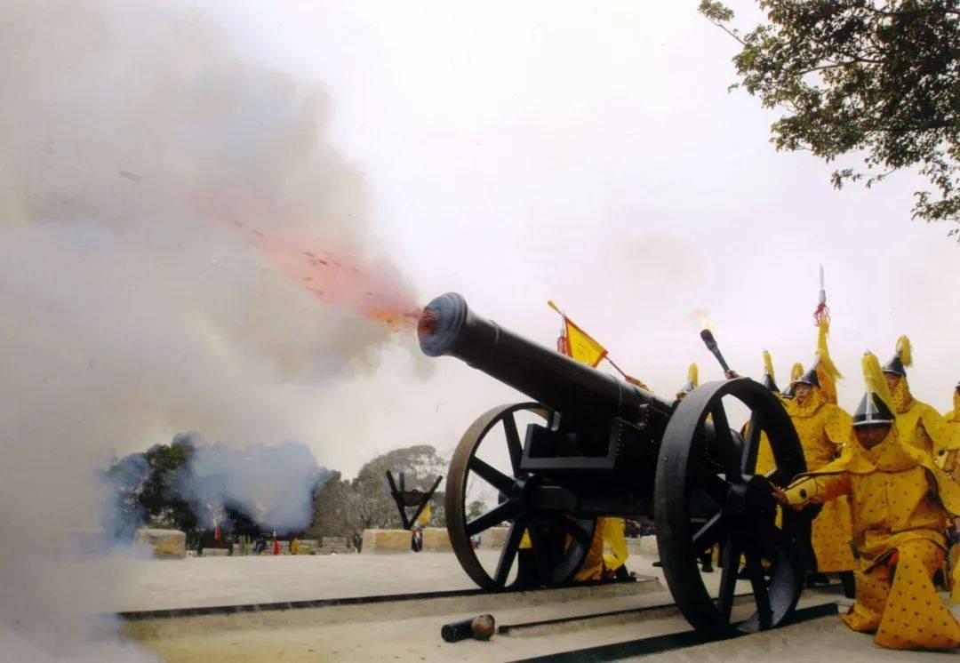 大炮是欧洲人发明的吗 大炮是哪个朝代发明的