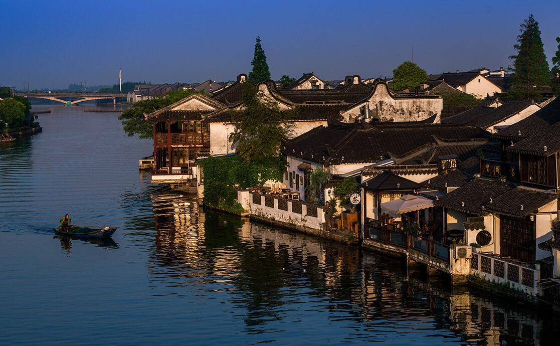 原创             上海四大历史文化名镇之一,紧靠淀山湖风景区