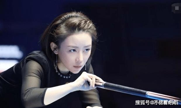 被爱情滋润后的潘晓婷,38岁更显女人味,网友:爱情的力量!