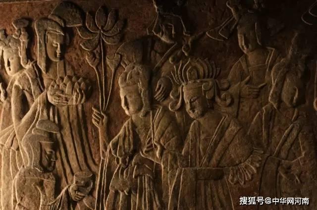 """洛阳龙门石窟浮雕""""复活"""",网友:一秒穿越!这也太棒了吧!"""