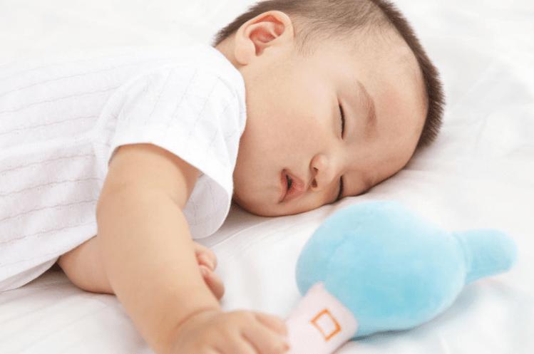 """3类""""哄睡方法""""看似有效 却影响宝宝身心发育 很多家长尝试过-家庭网"""