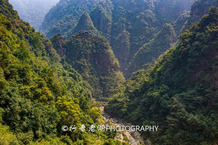 原创             五一粤北自驾线路:徒步大峡谷,泡树上温泉,看梯田,游千年瑶寨