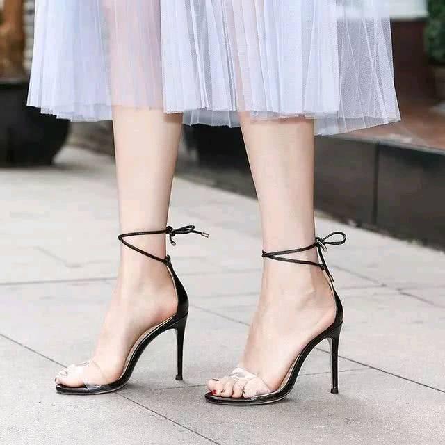 心理测试:你觉得哪双高跟鞋最丑?测你会遇见什么样的爱情