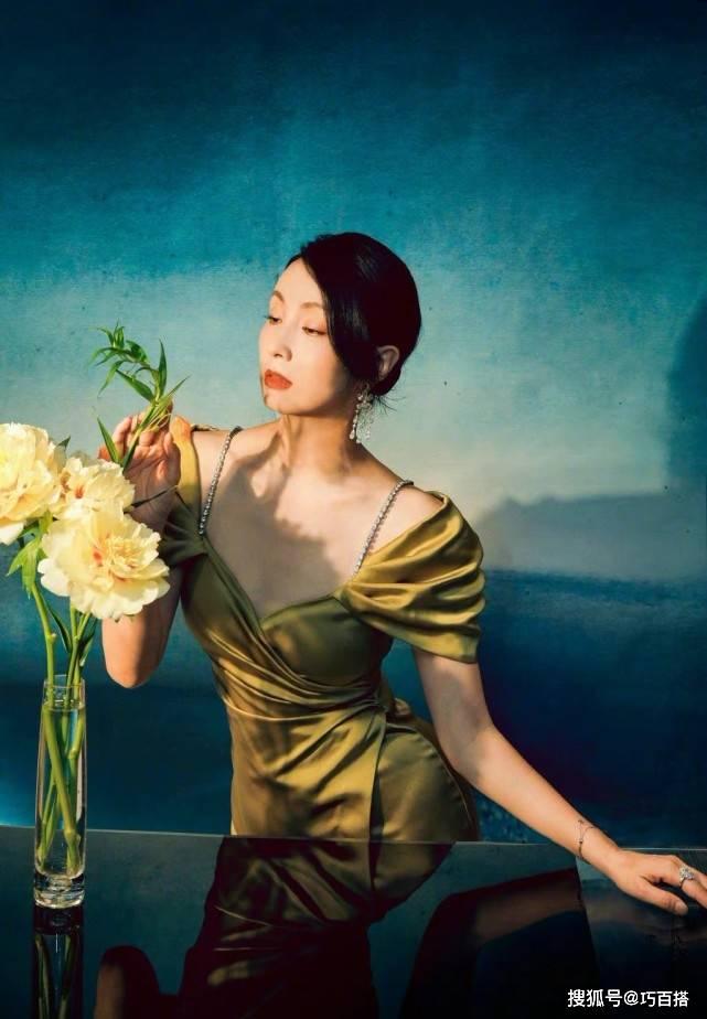 刘诗诗和陶虹穿同款,一个温婉一个优雅,一浓一淡的时尚风格