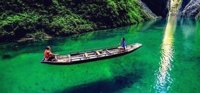 """湖北藏有一仙境小城,美景不输九寨沟,今凭借""""水上公路""""走红"""
