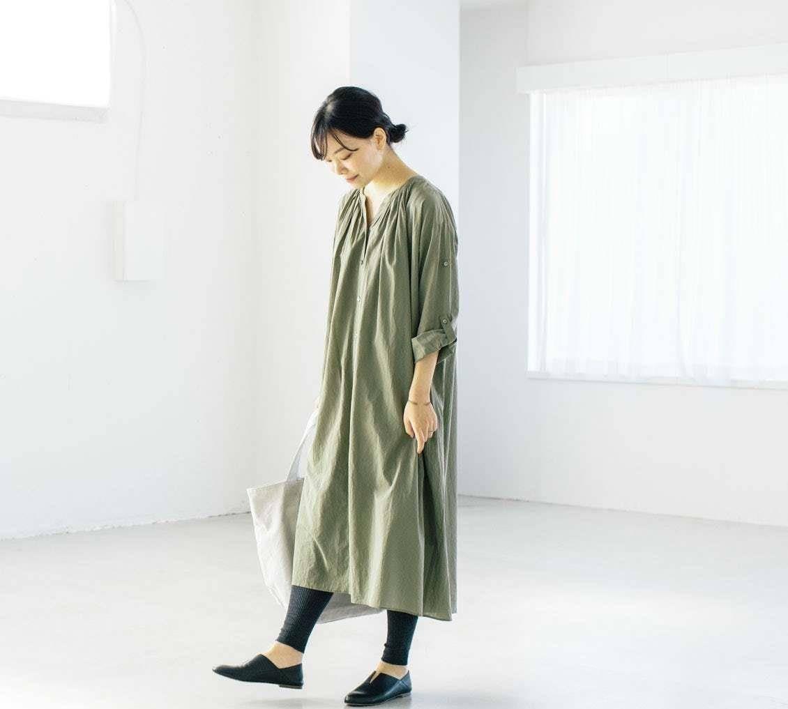 """40歲的女人如何打造""""氣質""""穿搭?學會搭配顏色,素雅中帶著高級"""