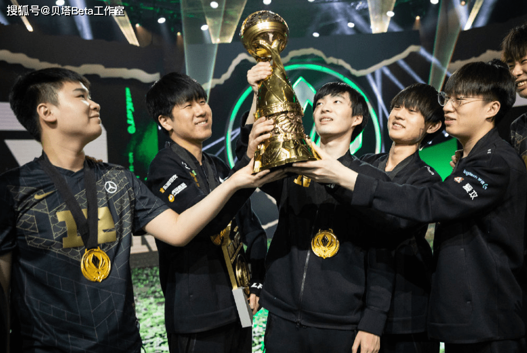 原创RNG夺冠,LCK论坛炸锅!韩国网友不服:不会祝贺RNG,赛程不公平