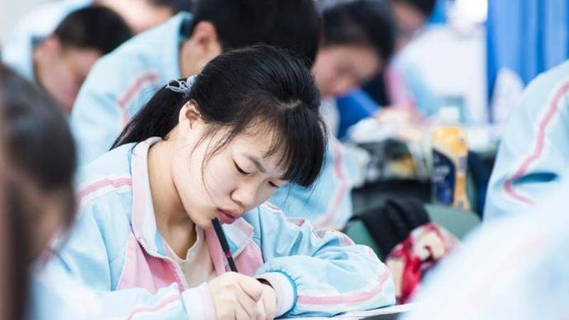 2021年高考臨近,在語數外考試中需要注意哪些?早看早知道