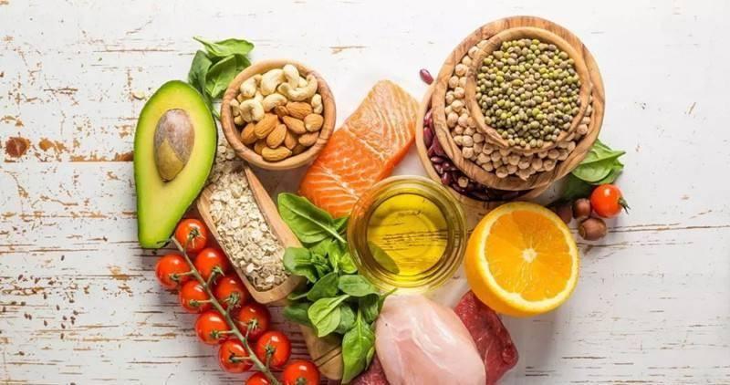 香蕉、豆漿、西紅柿不宜空腹吃?別信!其實不宜空腹吃的是這3樣