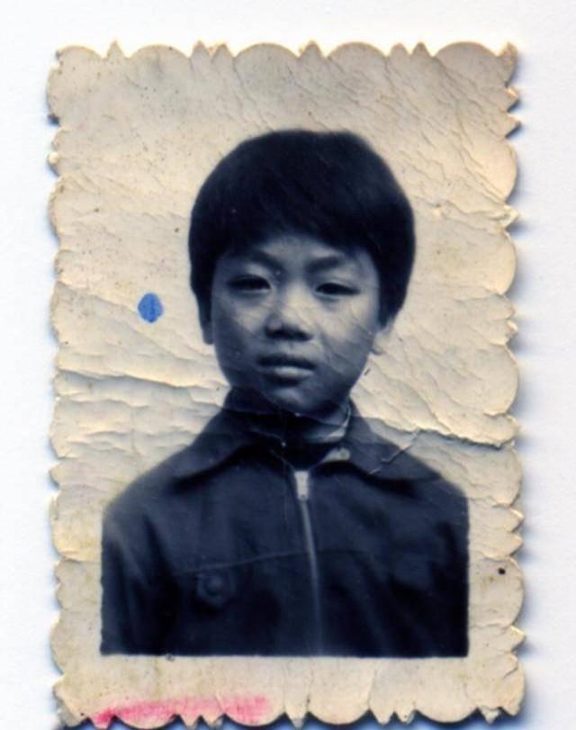 劉強東早年一批照片曝光,透露心酸成長史,難怪如此的成功
