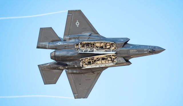 """五角大楼花了将近10年的时间才意识到F-35是""""裸奔之王"""""""