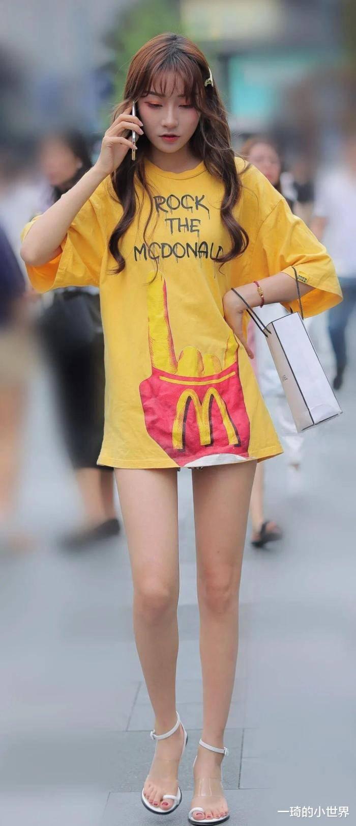 高顏值小姐姐穿麥當勞的衣服,肯德基得吃醋了