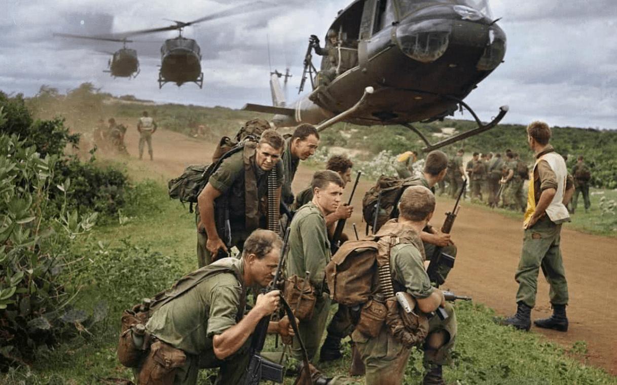 化学武器投放十年,65万部队打不赢,美军入侵越南经历了什么?