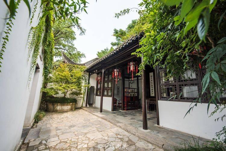 原创             扬州最特别的景点,明明是座岛,当地人却说是座山