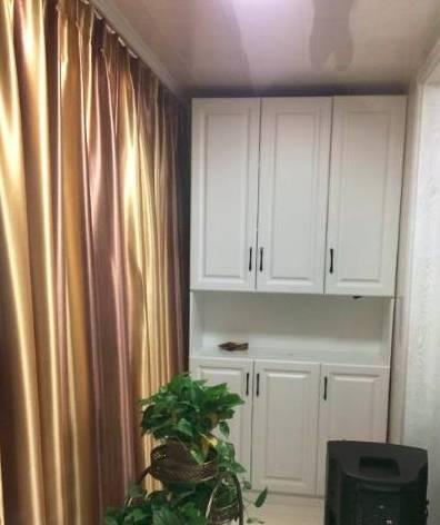 【新房装修打满柜子】新房装修我坚持把家打满柜子却被老公吐槽太压抑