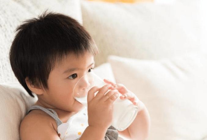 给孩子科学喂养牛奶,否则会影响健康-家庭网