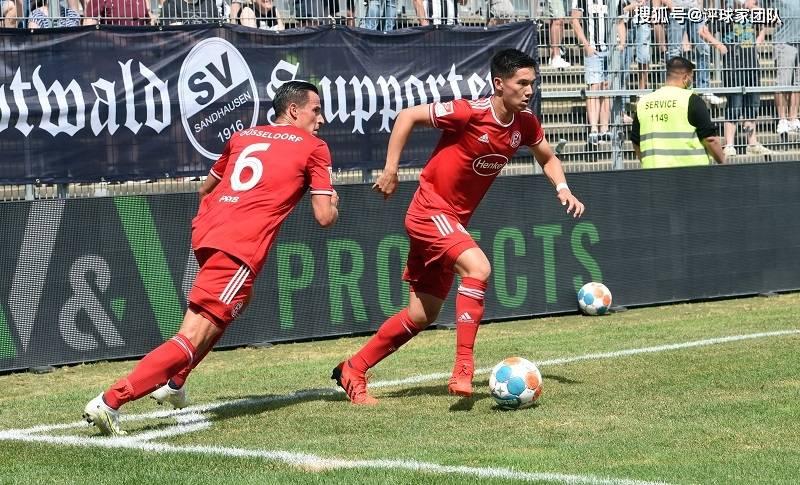 评球家|德乙:杜塞多夫VS不莱梅,降班马一年级大战二年级                                   图2