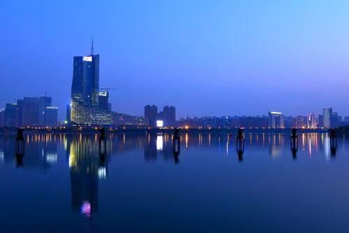 2021安徽gdp县排名_2021年上半年安徽各市GDP合肥排名第一芜湖排名第二