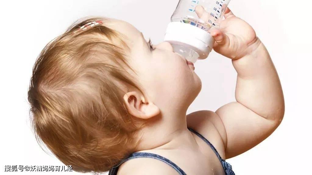 宝宝应该吃多少奶?一个公式告诉你宝宝进奶量 科学喂养不盲从