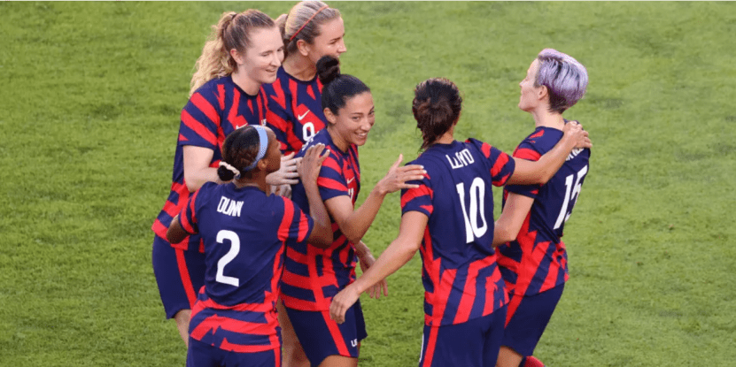 海德说:美国队长带来美国女足获得体育奥运会铜牌_卡莉·劳埃德