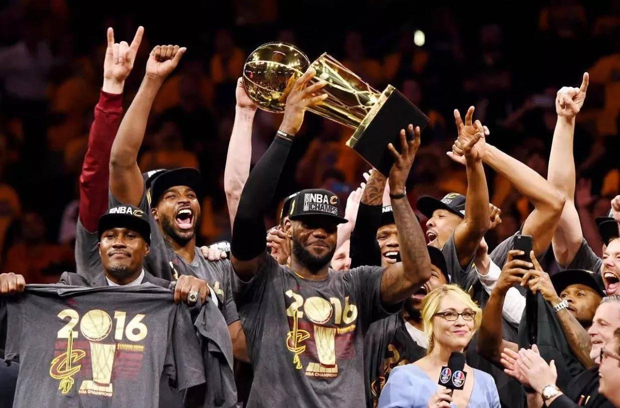 NBA经典比赛:科比退役之战经典,詹皇两次抢7上榜,g6汤神占一席