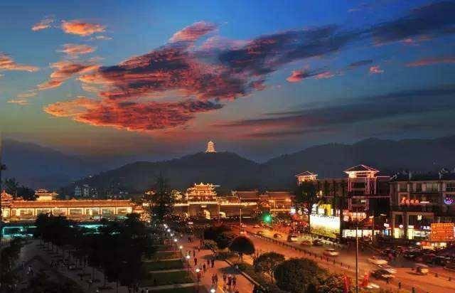 四川改名最成功的城市,改名后名声大噪,比成都名气还大