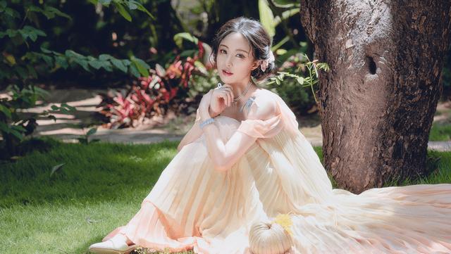 图片[7]-清华女学霸玩COS就不正经?一个汉服设计,让她成为人生赢家-妖次元