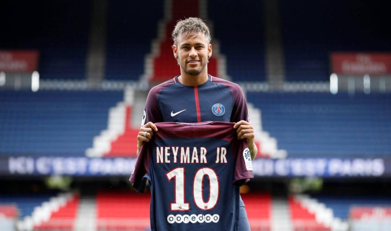 巴黎买内马尔花了5亿欧,但球员带来的,是零突破和各种麻烦