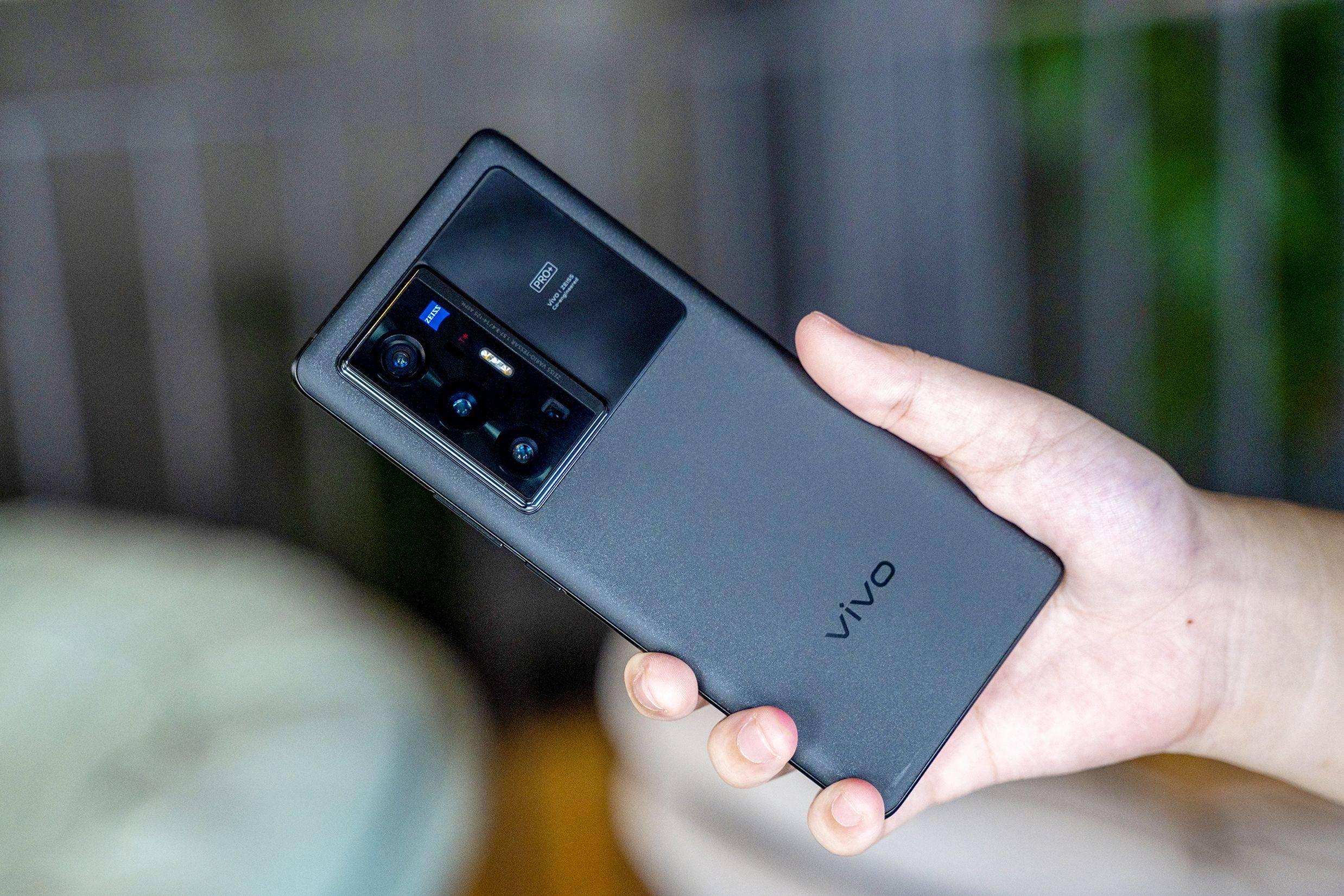 全镜头超级防抖,vivo X70 Pro+拍摄不惧抖动画面更稳定
