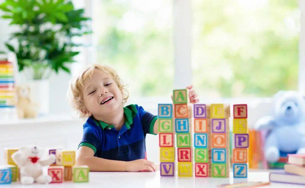 """每个""""不想上幼儿园""""的孩子都是戏精,不要逼不要劝,试试这4招"""