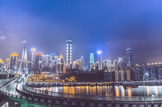 南京成都GDP_上年半年GDP十强市:上海半年破2万亿,成都不敌苏州,南京超天津!