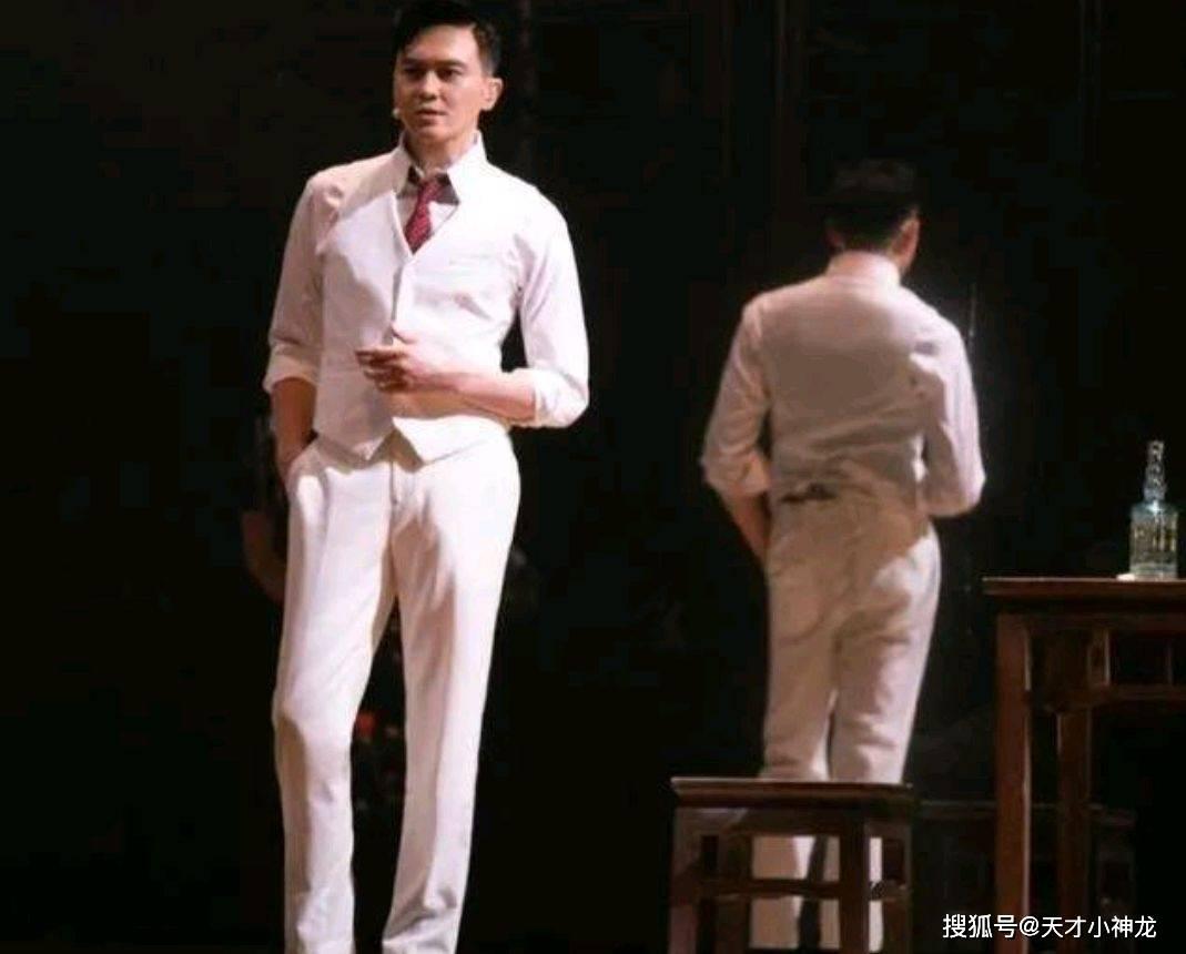 张智霖背后的四个女人:从花花大少到宝藏老公,他经历了什么?