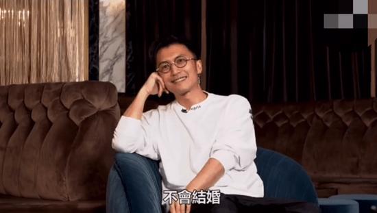 谢霆锋称自己不会结婚 2012年与张柏芝离婚