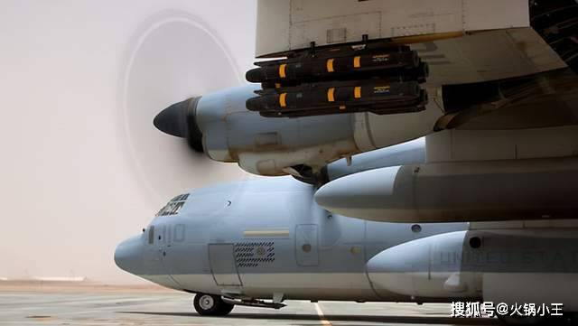 运输机能改成战略轰炸机吗?C130:我的载弹量比B52还猛