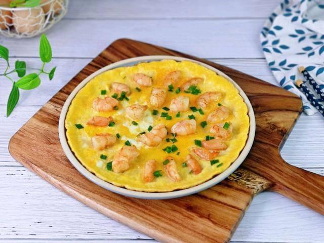 冬天滋补很重要,虾仁鸡蛋饼,营养丰富,鲜美嫩滑,太好吃了